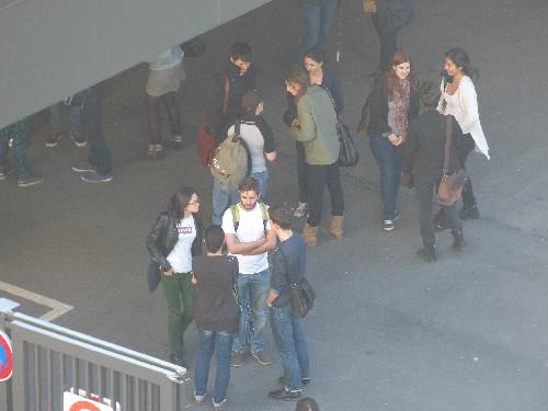 Les étudiants de la Sorbonne vus depuis le balcon de Monique